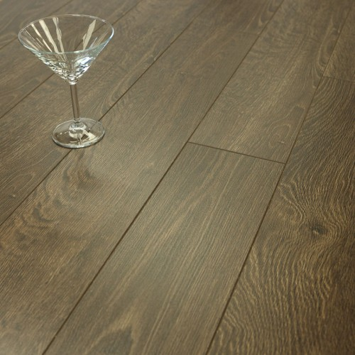 10mm Lincoln Grey Oak V Groove Laminate Flooring