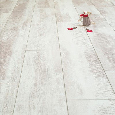 Balento Vintage Whitewashed Oak 10mm Laminate Flooring